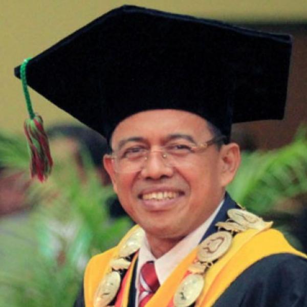 Prof. Drs. H. Ganefri, M.T., Ph.D